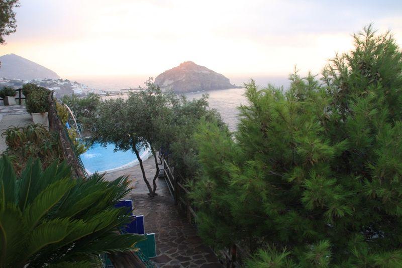 piscine-hotel-punta-chiarito-resort10