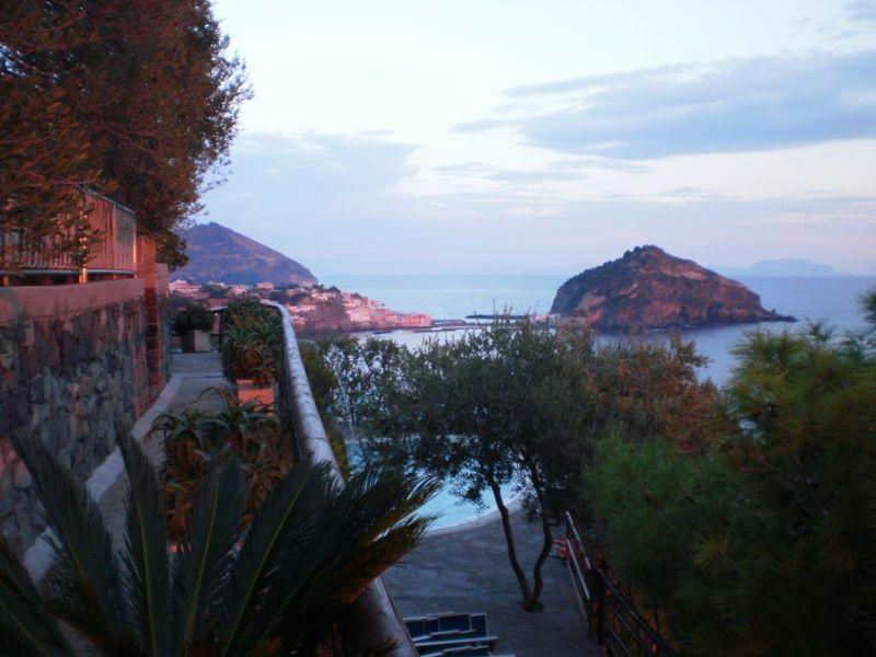 piscine-hotel-punta-chiarito-resort12