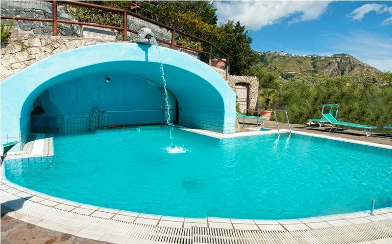 piscine-hotel-punta-chiarito-resort9