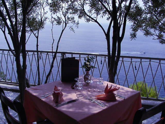 ristorante-hotel-punta-chiarito-resort8