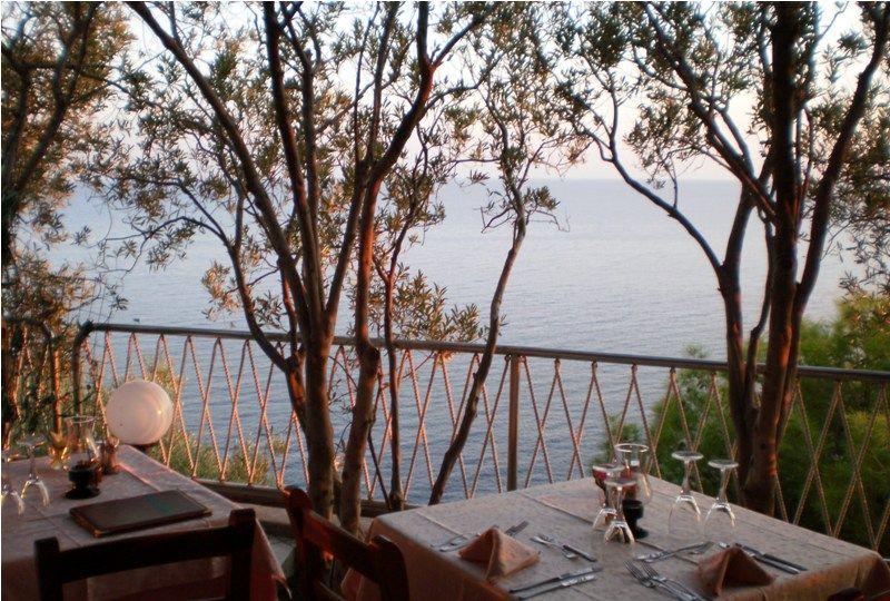 ristorante-hotel-punta-chiarito-resort9